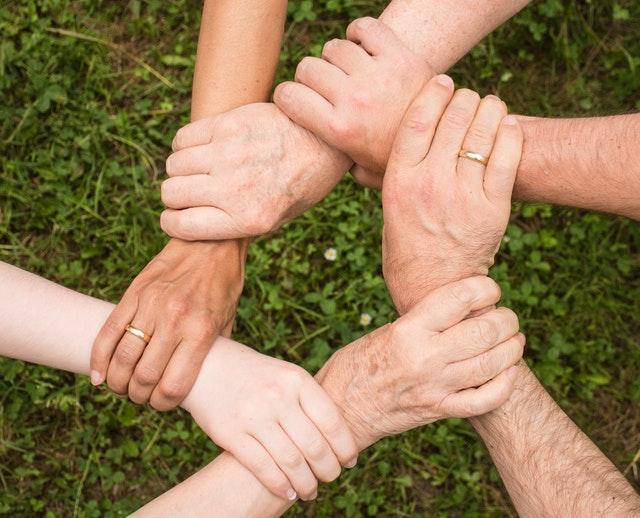 residencia reifs realiza actividades intergeneracionales en maracena